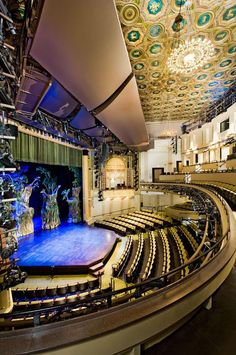 The Hanna Theater at Playhouse Square, Cleveland, Ohio - Westlake Reed Leskosky. Cleveland Rocks, Cleveland Ohio, Columbus Ohio, Cincinnati, Great Places, Places To See, Beautiful Places, Playhouse Square, The Buckeye State