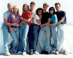 90210.. OMG this was my favorite show when I was younger... Wish it was still on with these originals