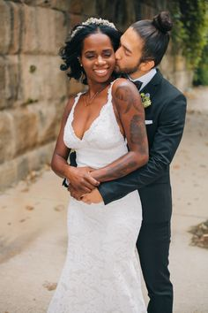 Multicultural Cambodian Wedding by Erika Layne Photography - Perfete Interracial Couples, Biracial Couples, Interracial Wedding, Funny Wedding Photos, Vintage Wedding Photos, Vintage Weddings, Mixed Couples, Cute Couples, Lace Weddings
