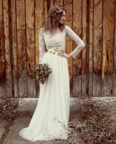 20 Long-Sleeved Wedding Dresses via Brit + Co