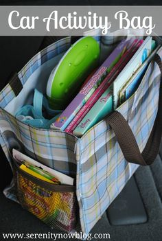 Car Activity Bags (Travel Tips) via Armour-Zenchuk - great idea for a peaceful road trip or any outing to keep your kid occupied. The easiest distraction bag will contain: snacks and a drink, wet wipes, a small blanket, and travel Nintendo or ipod. Road Trip Activities, Toddler Activities, Toddler Games, Indoor Activities, Summer Activities, Family Activities, Road Trip With Kids, Travel With Kids, Bags Travel