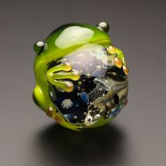 Resin Crafts, Resin Art, Glass Marbles, Glass Beads, Pokemon Real, Lampwork Beads, Fused Glass, Stained Glass, Cute Art