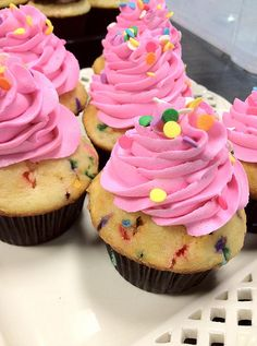 Bubblegum Confetti Cupcakes and more!