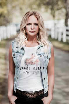 Idyllwind is a lifestyle brand created by Miranda Lambert. The brand is inspired by vintage and retro looks with a modern fashion edge and a focus on comfort, fit, and quality. The product range of apparel, accessories, and cowboy boots are true to Miranda's spirit -reflecting her roots, personality, and style – original, authentic, sexy, and fearless. Limited edition apparel and accessories are now available through select trunk shows - for list of locations please visit Idyllwind.com