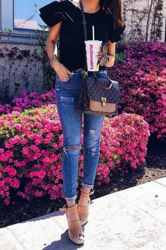 23 Preppy Outfit Trends That Will Make You Look Cool – New York Fashion New Trends Instagram Outfits, Spring Fashion Outfits, Casual Summer Outfits, Nice Outfits, Jeans And Wedges, Jeans Heels, Popular Outfits, Look Cool, Fashion Advice