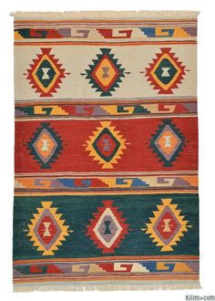 New Turkish Kilim Rug hand-woven in Turkey with vegetable-dyed and hand-spun wool