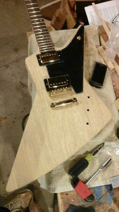 TC Custom Guitars 58 Korina Explorer