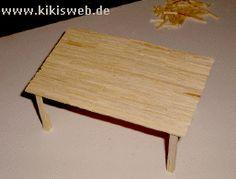 Tisch aus Streichhölzern basteln