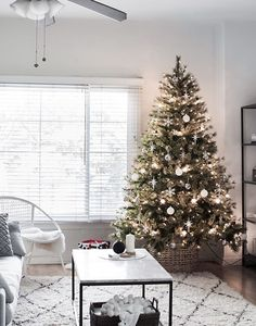 Pretty Christmas Tree Alternatives for Your Small Space Gather holiday inspiration from this warm & cozy rustic farmhouse Christmas Home Tour. There are so many classic decor ideas! Homemade Christmas Decorations, Decoration Christmas, Christmas Tree Design, Beautiful Christmas Trees, Noel Christmas, Rustic Christmas, Holiday Decor, Scandinavian Christmas, Christmas Tree Ideas