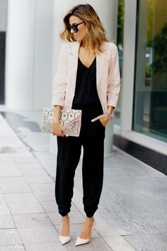 Power Dressing | What to Wear | Fashion Blogger | Christine Andrew | Black Jumpsuit | Pastel pink Blazer | Smart Casual | Workwear Fashion | Women | Visit Travelshopa