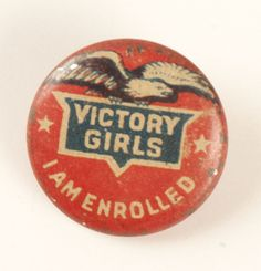 Gotta get these for the church ladies! Thinking Day England Vintage Pins, Vintage Art, Women's Land Army, Make Do And Mend, Patriotic Decorations, Patriotic Crafts, Thinking Day, Old Glory, Women In History