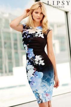 Next: Japan のウェブサイトで今すぐ Lipsy ブルー フローラルプリント シフトワンピース を購入