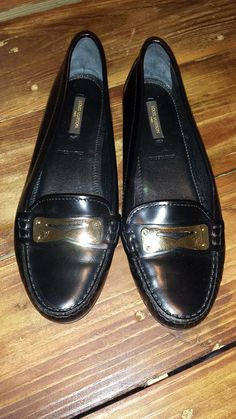Authentic Louis Vuitton Black Leather Loafers Size 7.5