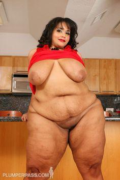 Vylette Vonne Chubby Girl Fashion, Big Hips And Thighs, Plus Size Girls, Plus Size Bikini, Plus Size Beauty, Voluptuous Women, Ssbbw, Sexy Women, Curvy Women