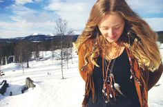 i'm a wanderer of this earth and my soul is deep with dreams. Join me on this unpathed journey through undreamed lands. Free Spirit Shaking Soul - Unique handmade jewelry for dreamers with sustainable values and personal style. Åre - Sweden