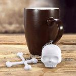 Skull & Crossbones Tea Infuser