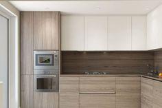 i dont think i like the bottom color Kitchen Room Design, Luxury Kitchen Design, Home Room Design, Kitchen Cabinet Design, Home Decor Kitchen, Interior Design Kitchen, Modern Kitchen Cabinets, Small Modern Kitchens, Modern Kitchen Interiors