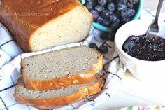 Een heleboel recepten voor brood, waaronder een paar AIP broodjes en worstenbroodjes!
