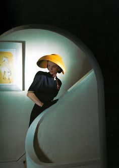 Photo: Horst P. Horst, 1943. Taken for Vogue. One of my favourite vintage fashion photographers!