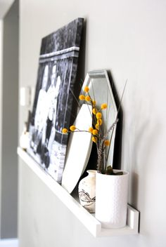 No mantel? NO WORRIES! Love this quick way to create your own 'mantel' for seasonal decor and photo displays. Takes 5 minutes!