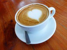 A R O M A  D I  C A F F É  . Un #Cappuccino o #Marrón para comenzar el día es una experiencia sublime.  . Coméntanos cuál es tu #CoffeeExperience? . . #CoffeeLife #MeetTheBarista . #AromaDiCaffé#MomentosAroma#SaboresAroma#Café#Caracas#Tostado#Coffee#CoffeeTime#CoffeeBreak#CoffeeMoments#CoffeeAdicts
