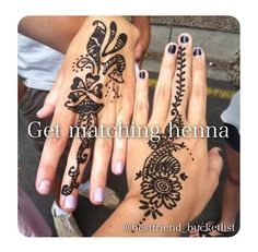 What is a Henna Tattoo? Henna Tattoo Designs A Henna tattoo is a non permanent tattoo which is traditionally applied in eastern cult. Henna Designs, Black Mehndi Designs, Back Hand Mehndi Designs, Flower Designs, Hand Tattoos, Cute Tattoos, Tatoos, Sharpie Tattoos, Belly Tattoos