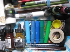Tips for making your own travelling art journal box / mixed media kit.