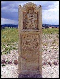Stele of the slave Lucunda, at Segobriga (near Saelices, Cuenca) Roman Empire, Civilization, Mount Rushmore, Mountains, Nature, Travel, Art, Ancient Rome, Romans
