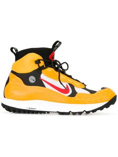 Shop Nike Air Zoom Sertig '16 SP sneakers.
