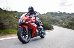 2016 Honda CBR500R Review of Specs & Changes - Sport Bike / Motorcycle | Honda-Pro Kevin