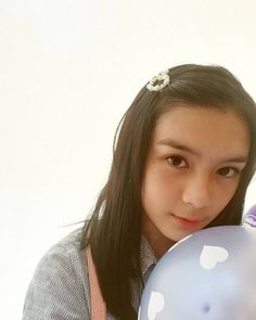 Filipina Actress, Filipina Beauty, Meteor Garden, Beautiful Anime Girl, Cassie, Baby Pictures, Cute Outfits, Pearl Earrings, Instagram