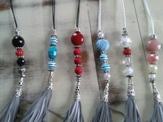 Helkurid Beaded Ornaments, Key Chains, Tassel Necklace, Tassels, Diy Crafts, Christmas, Accessories, Jewelry, Key Fobs