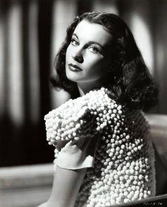 Vivien Leigh (1940).jpg 1 125×1 398 пикс