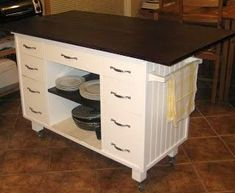 Dishfunctional Designs: Upcycled: Awesome Kitchen Islands Made From Old Dressers - This one isn't a dresser, but a desk, by Sue's Musings - musingsbysue.blogspot.com/2011/02/habe-fertig.html