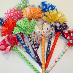 From duct tape to fabric scraps, here are 20 crafts that cost almost nothing to make!-Great for craft summer camp