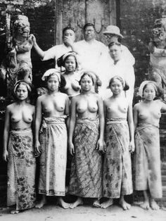 old-indische: Series of Balinese Woman. This is why long time ago they called Bali as Island of Paradise.