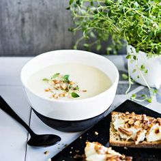 Kyssäkaalikeitto | K-Ruoka Soup Recipes, Dairy, Pudding, Cheese, Desserts, Food, Tailgate Desserts, Deserts, Essen