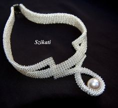 White pearl necklace, OOAK seed bead necklace, Statement beadwork necklace, Bridal necklace, Wedding jewelry, Unique gift, Right Angle Weave