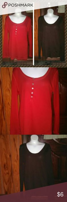 2 Old Navy shirts Both are womens large, longsleeve Old Navy Shirts Old Navy Tops
