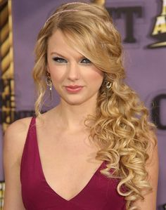 Google Image Result for http://hairstyles-fashion.com/wp-content/uploads/2012/01/curly-prom-hairstyles-1.jpg