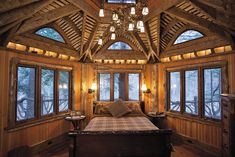 Holy Swiss Family Robinson ... this is an absolutely amazing Master Bedroom .. and in a tree house, no less.  Wow!