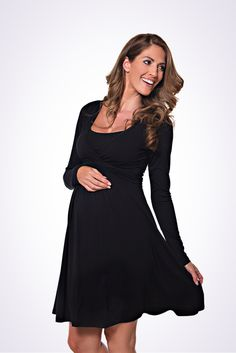 The Lonzi&Bean UltiMum long sleeve maternity and breastfeeding dress in black Maternity Nursing Dress, Nursing Wear, Breastfeeding Clothes, Maternity Tops, Maternity Dresses, Pregnancy Shirts, How To Feel Beautiful, Capsule Wardrobe, Cold Shoulder Dress