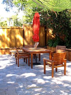 Contemporary Outdoors from Linda Woodrum : Designers' Portfolio 2314 : Home & Garden Television#//room-outdoors#//room-outdoors