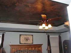 How to paint a Tissue Paper Faux Finish to texture to a ceiling, feature wall or any wall. This is one of my favorite timeless faux finishes. Painting Wood Paneling, Diy Wall Painting, Crackle Painting, Faux Painting, Cactus Painting, Faux Walls, Textured Walls, Cheap Ceiling Ideas, Metallic Paint Colors