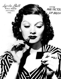 Cabide vintage... please see my Vintage Ads Board for more like this. Happy Pinning!