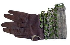 Man's glove, 1660-80, English or French. Baroque Fashion, Mens Gloves, Classic Outfits, English, French, 17th Century, Detail, Ribbons, Fingers