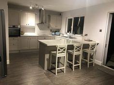 Finished 👏💖🏡💗 Cashmere colour units, snow sparkle worktop & nimbus skyline fleetwood on the walls!