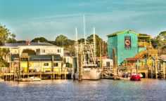 Southport, NC is a great place to spend a day shopping, having lunch, strolling the quaint sidewalks