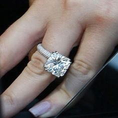 Khole Kardashian ring Some day some day!(: