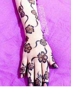 Peacock Mehndi Designs, Indian Henna Designs, Mehndi Designs 2018, Mehndi Designs For Girls, Bridal Henna Designs, Mehndi Design Pictures, Unique Mehndi Designs, Beautiful Mehndi Design, Mehndi Images